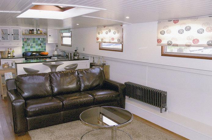delta-marine-dutch-barge-interior-07